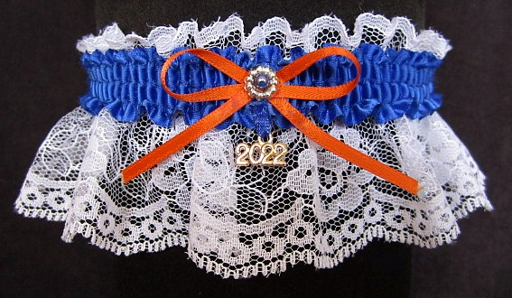 Cheerleader Spirit Garters in school colors with a bow and year charm. Cheerleader Garters. Spirit Garters. Cheerleading Spirit Garters. Cheerleading Garters. School Colors Garters. All Sports Garters. garter, garders, garder