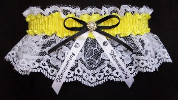 Cheerleader Spirit Garters in school colors with a bow and imprinted homecoming ribbon tails. Cheerleader Garters. Spirit Garters. Cheerleading Spirit Garters. Cheerleading Garters. School Colors Garters. All Sports Garters. garter, garders, garder
