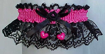 Garter in Black Lace and Double Hearts with No Marabou Feathers. Prom Garter. Winter Formal Garters. garders, garder