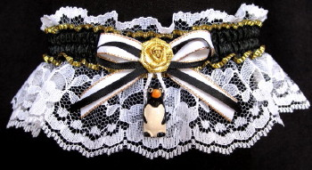 Penguin Garter in black and white. B&W Penguin Garter on white lace. garders, garder