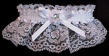 Toss Garter. Crystal Rhinestone Wedding Garter Bridal Garter on white lace. garders, garder