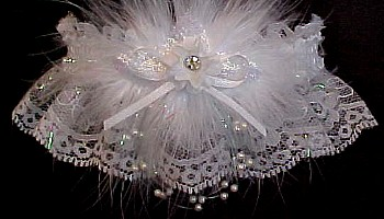 Keepsake Garter. Crystal Rhinestone Wedding Garter Bridal Garter on white lace. garders, garder