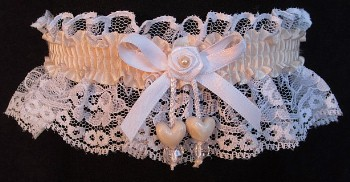 Nude Double Hearts Garter on White Lace for Wedding Bridal Prom
